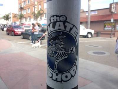 Skate sticker outside Splash