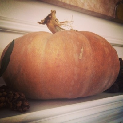 mantle_pumpkin